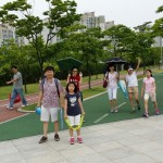 2014年6月1日(日)、日帰り修養会。第3の目的地、松都(ソンド)子ども公園に到着。