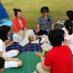 2014年6月1日(日)、日帰り修養会。松都(ソンド)子ども公園。女性陣はおしゃべりとゲーム。