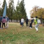 2014年10月26日(日)、日帰り修養会。一山(イルサン)湖水公園。作戦会議中。