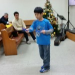 2015年12月20日(日)、クリスマス祝会。テコンドー縄跳び。