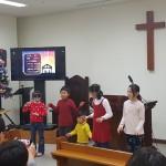 18年12月23日(日)、クリスマス祝会のCS賛美。